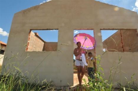 Minha Casa, Minha Vida: Governo Dilma abandonou programa em Minas